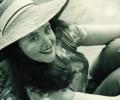 darne-sitting-with-hat