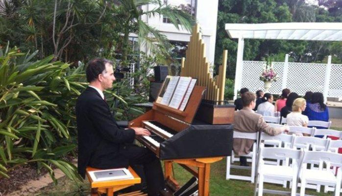 Brisbane Funeral Musicians-Organist
